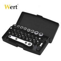 Комплект тресчотка с вложки и накрайници Wert 28 части - W 2239