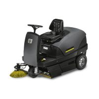 Седловa метачно-смучещa машинa Karcher KM 100/100 R BP PACK / 6000 m²/h , 100 l / с батерия и зарядно