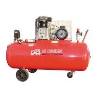 Трифазен компресор GGA GG 540 / 400 V,2.2 kW , 200 l /