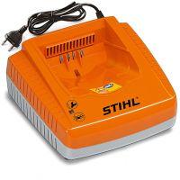 Устройство за бързо зареждане Stihl AL 300 / за акумулаторните батерии Stihl AK, AP и AR /